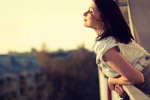 6 Zeichen, dass du auch gut allein sein kannst