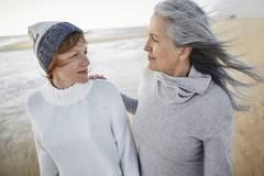8 Fragen, die du deiner Mutter zu ihrer Gesundheit stellen solltest