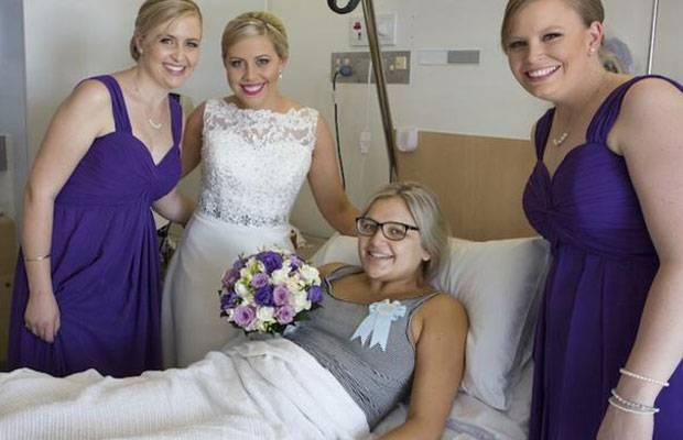 DAS ist Zusammenhalt!: Brautjungfer bekommt ihr Baby am Tag der Hochzeit - da bringt die Braut die Hochzeit zu ihr!