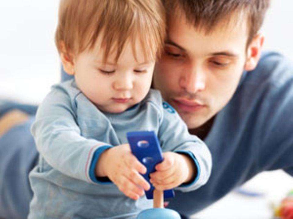 Sorgerecht: Unverheiratete Väter werden bessergestellt