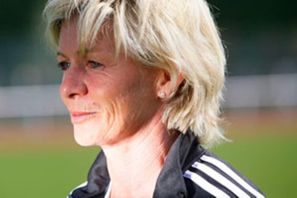 """Trainerin Silvia Neid: """"Ich lebe noch"""""""