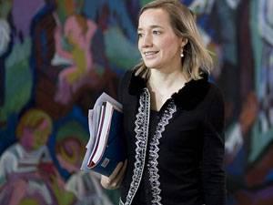 Rückblick: Laut Medienberichten steht Kristina Schröder nach der Bundestagswahl 2013 nicht mehr für das Amt der Familienministerin zur Verfügung. Sie wolle sich mehr um ihre eigene Familie kümmern.