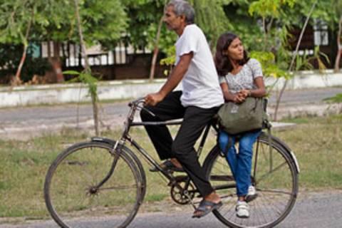 Ein hochbegabtes Mädchen weckt in Indien Hoffnungen