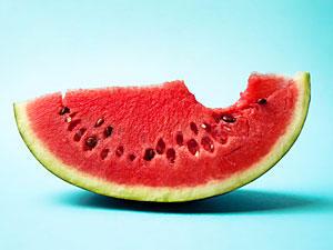 Wassermelonensaft: Trinken gegen Muskelkater