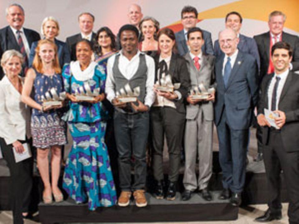 """Marcela Peláez von """"Proyecto Rosa"""" und die anderen Preisträger des Deutschen Medienpreis Entwicklungspolitik"""