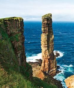 """Großbritannien: 140 Meter hoch ist das Wahrzeichen der Insel Hoy, der """"Old Man"""" - und von keinem Sturm zu erschüttern"""