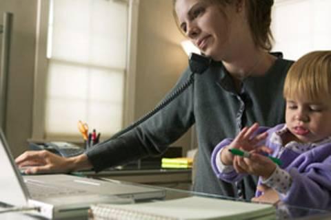 Selbständig mit Kind: Tipps für den Arbeitsalltag