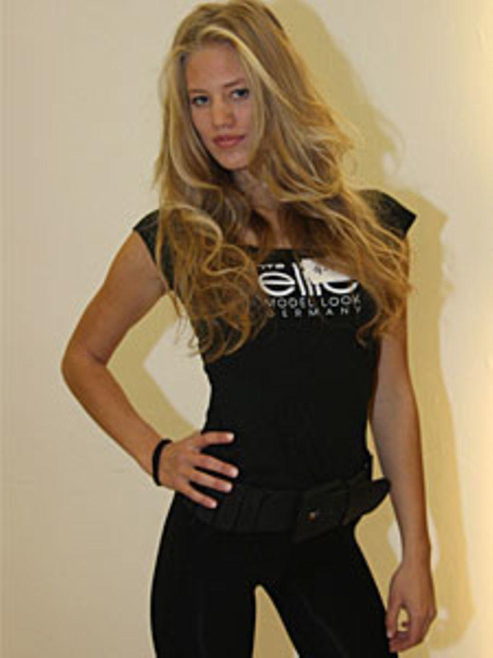 "Die 21-Jährige gewann 2009 die Castingshow ""Austria's next Topmodel""."