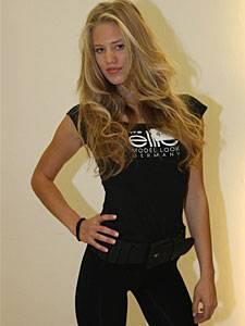 """Dschungelcamp: Die 21-Jährige gewann 2009 die Castingshow """"Austria's next Topmodel""""."""