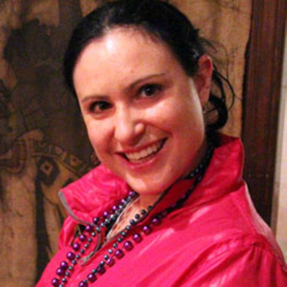 Carmen, 35, Assistentin