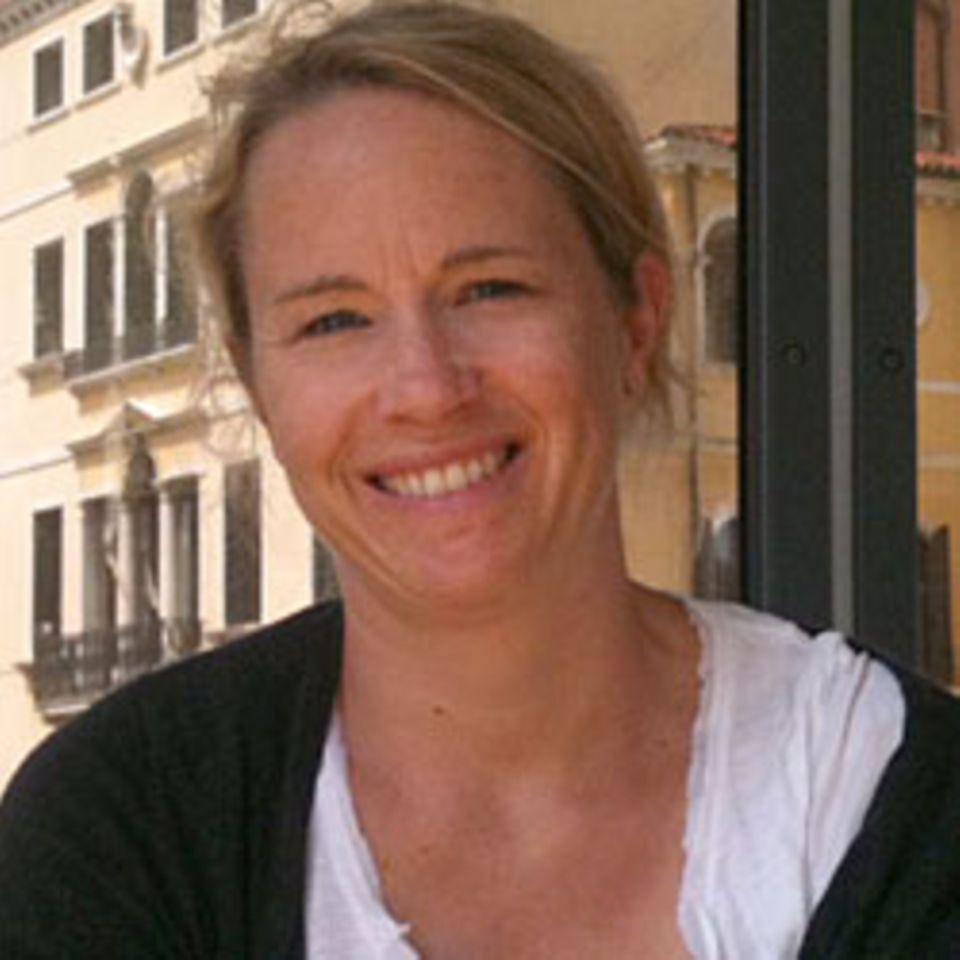 Charlotte, 42, Personalreferentin
