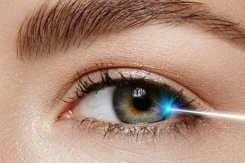 Fünf Frauen über ihre Erfahrungen beim Augenlasern
