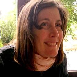 Besser sehen: Courtney, 39, Projektkoordinatorin