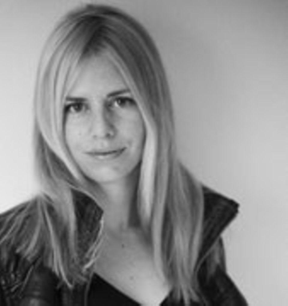 Kajsa Ekis Ekman, Autorin und Aktivistin