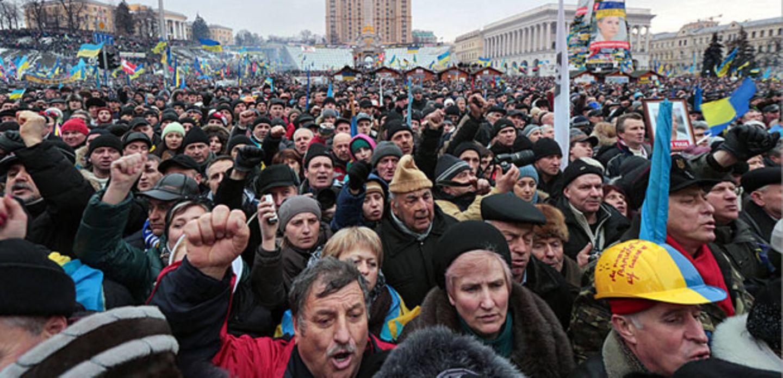 Auf dem Maidan, dem Unabhängigkeitsplatz in Kiew, protestieren seit Tagen Tausende Ukrainer gegen die Regierung von Präsident Viktor Janukowitsch.