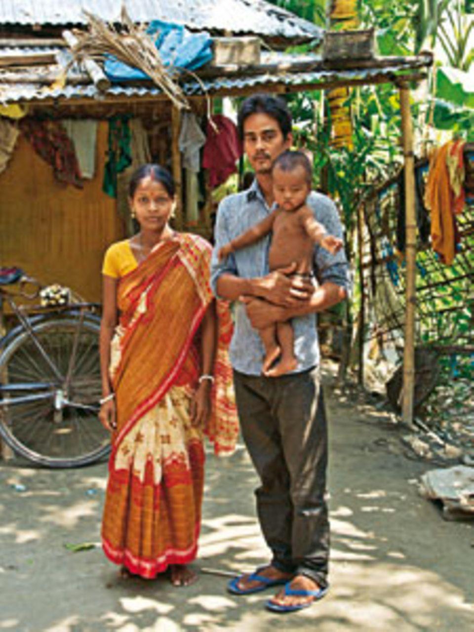 Anita mit Ehemann Shymon und ihrem knapp einjährigen Sohn.