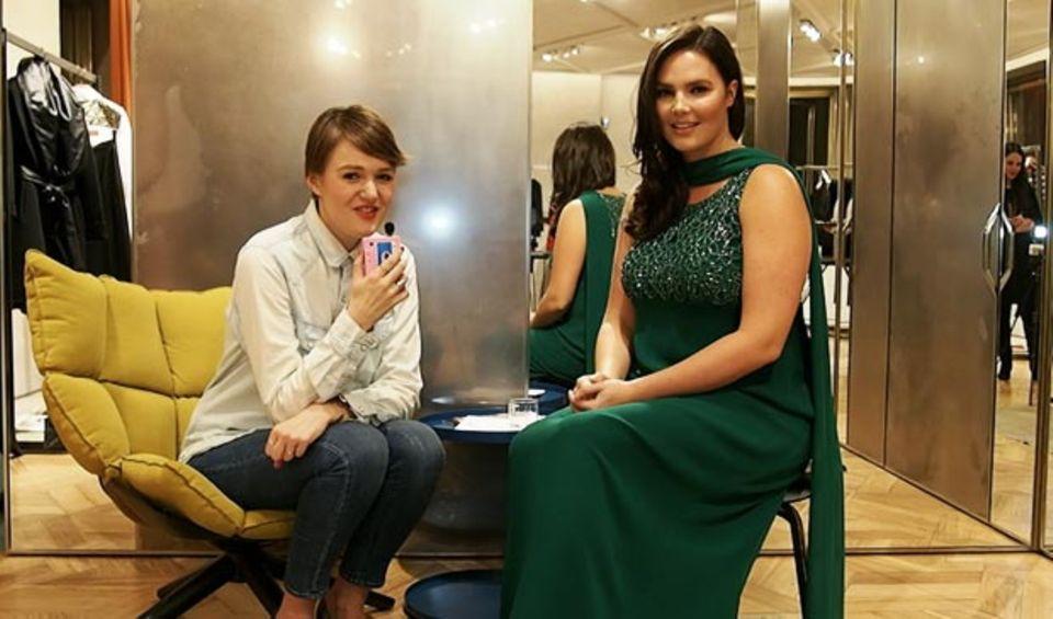 """Wir trafen Candice Huffine zuletzt während der Mailänder Fashion Week. Die sympathische Amerikanerin modelte dort für das Übergrößen-Label Marina Rinaldi und war auch schon auf dem Cover der italienischen """"Vogue"""" zu sehen."""