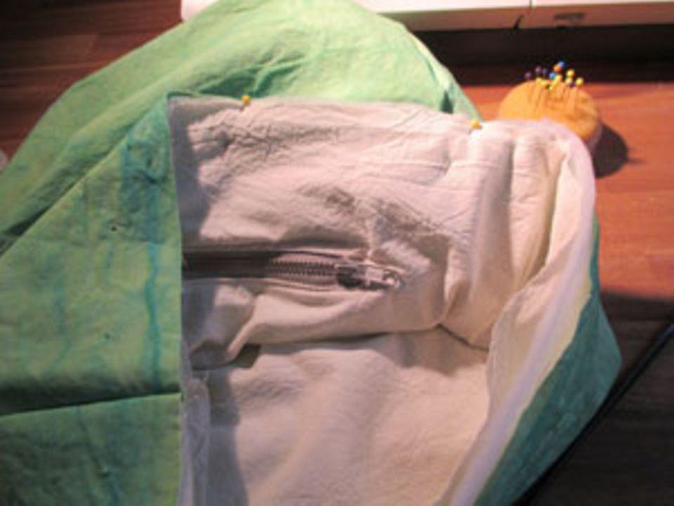 Außenteil, Futter und Innenteil ergeben die bauschige Form der Tasche.