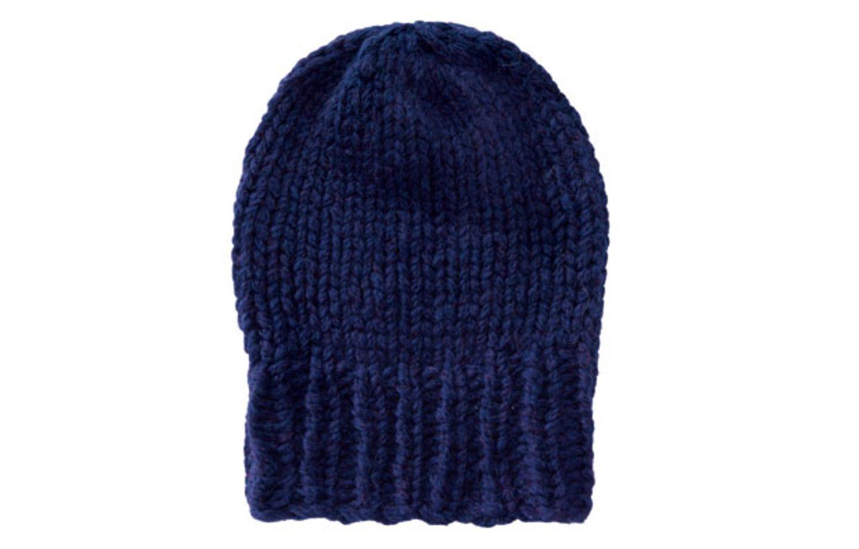 Dunkelblaue Mütze aus Merinowolle stricken