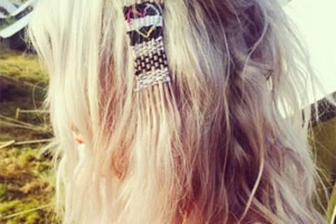 """""""Hair Tapestry"""": Wenn Garn und Haare aufeinander treffen"""