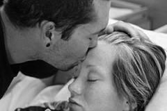 Wie eine Familie den Tod ihres ungeborenen Kindes verarbeitet