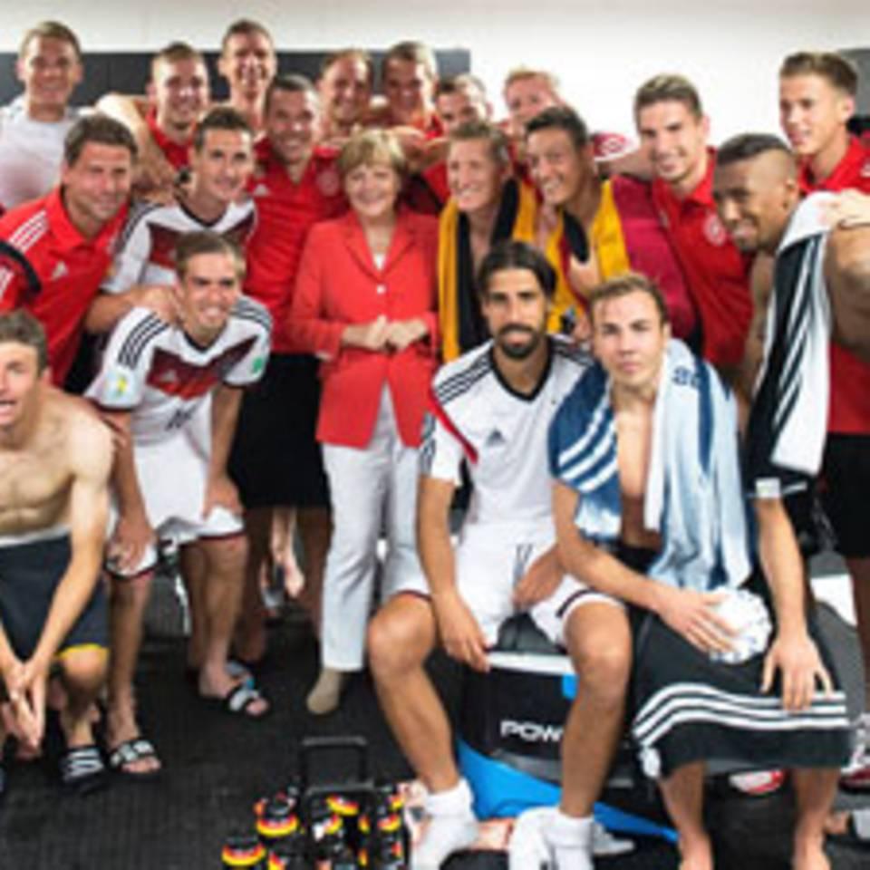 WM-Fußballer auf Instagram: Ronaldo in der Wanne, Götze am Strand