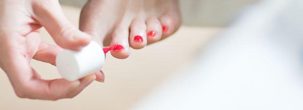 wie kann nagellack schneller trocknen lassen brigitte de
