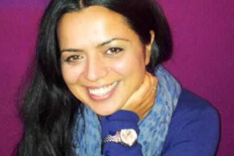 Songül Bulut, 39, Journalistin, hat in ihrem Leben viele Jobs gemacht, bevor sie seriös und sesshaft wurde: unter anderem FSK-16-Erotiktexte verfasst, Radiobeiträge gebaut, TV-Nachrichten gebastelt, Filmbesprechungen geschrieben, im Marketing gedealt... Sie lebt und arbeitet mit Mann und Sohn in Hamburg.