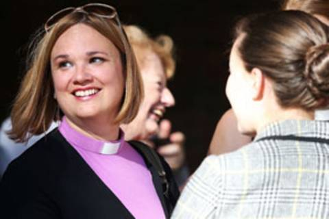 England: Frauen dürfen Bischöfinnen werden
