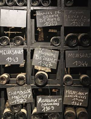 """Im """"Marché aux Vins"""" gibt es alte und neue Tropfen aus der Weinregion"""