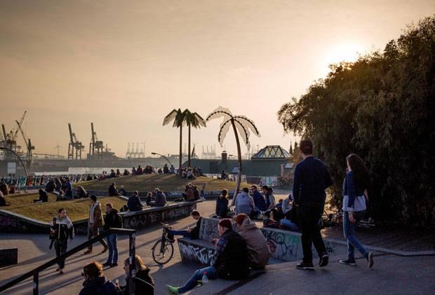 Deutschland: Extra ans Mittelmeer fahren? An der Elbe gibt's doch auch Palmen ...