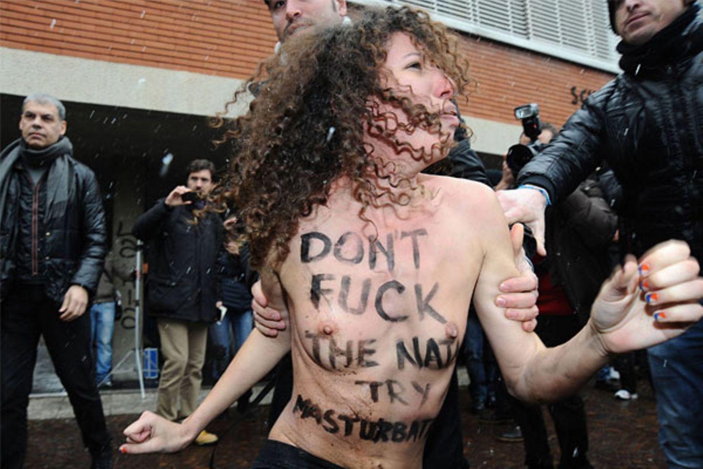 Femen-Aktivistinnen: Nackter Protest gegen Berlusconi