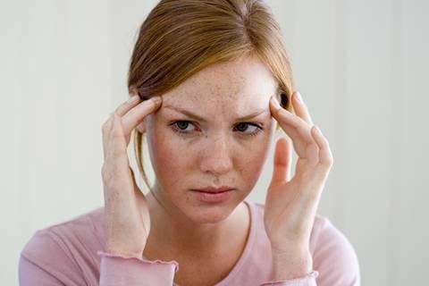 Expertenrat: Das hilft gegen Spannungskopfschmerzen