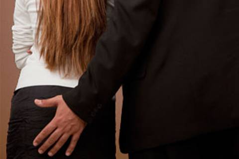 """Sexismus im Job: """"Frauen machen sich oft klein"""""""
