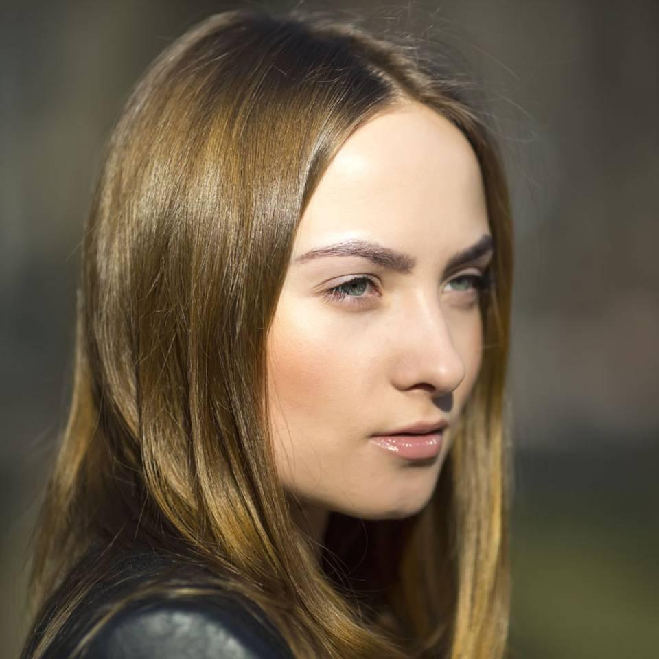 7 Tipps, die euren Haaren Glanz verleihen