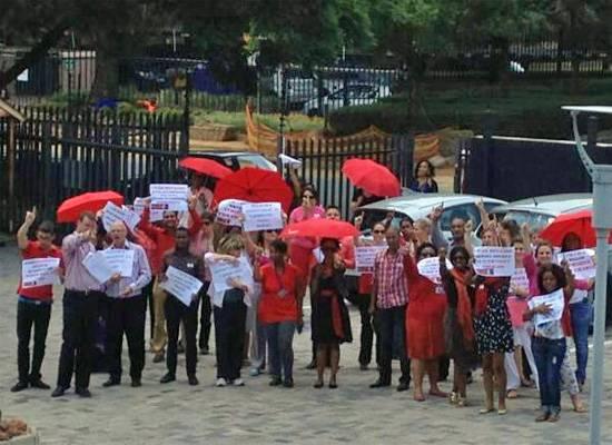 Aktionstag gegen Gewalt gegen Frauen: One Billion Rising: Flashmobs aus aller Welt