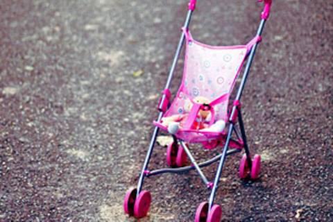 """""""Hoher gesellschaftlicher Erwartungsdruck"""" und """"schwierige Vereinbarkeit von Familie und Beruf"""" sind laut der Studie die Hauptgründe, die Frauen vom Kinderkiegen abhalten"""