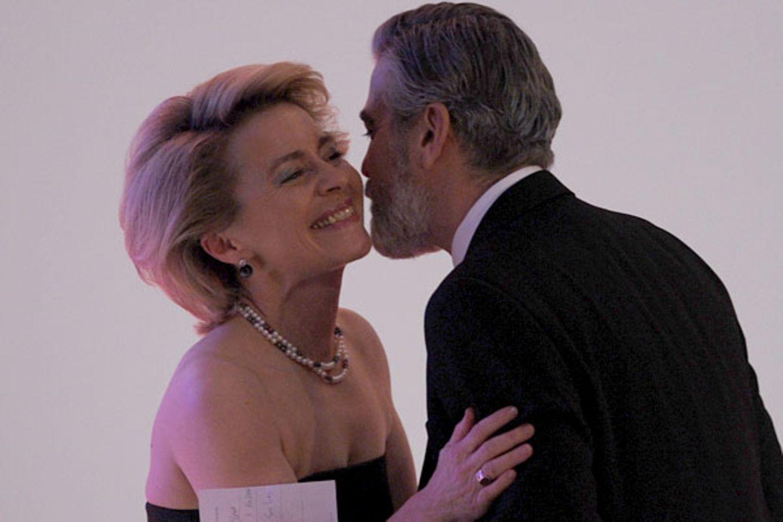 George Clooney busselt Ursula von der Leyen: Wir wollen auch!