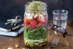 Schnelle Rezepte für den perfekten Lunch im Glas