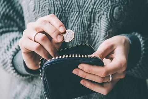 So leicht sparst du jeden Monat über 430 Euro!