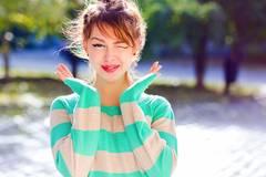 7 Psycho-Tricks, mit denen du ihm garantiert den Kopf verdrehst