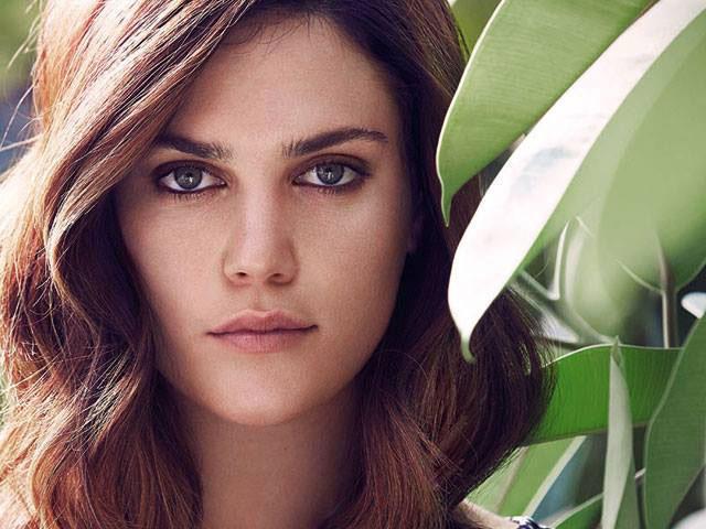 Plus-Size-Model Ali Tate verrät ihre Styling-Tipps