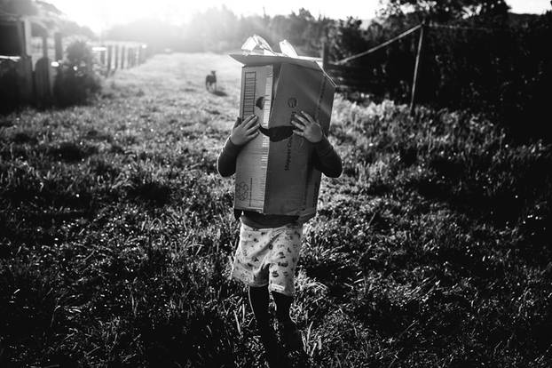 Kindheit unplugged: Pures Glück: Erkennt ihr, was auf diesen Kinder-Bildern fehlt?