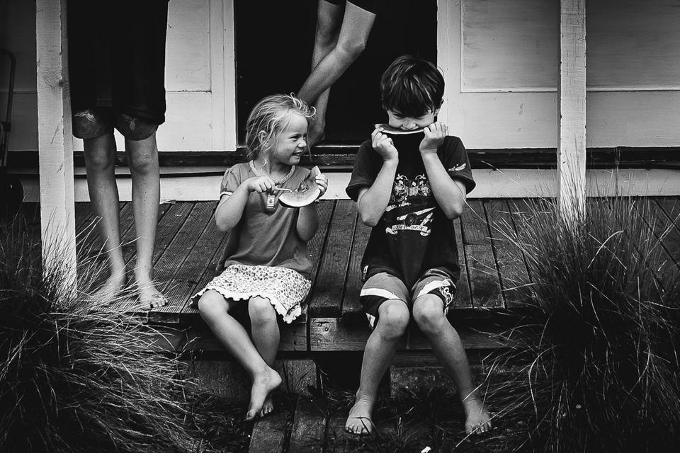 Pures Glück: Erkennt ihr, was auf diesen Kinder-Bildern fehlt?