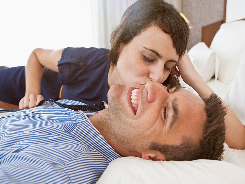 Gute Nacht!: 6 Dinge, die glückliche Paare vor dem Einschlafen tun