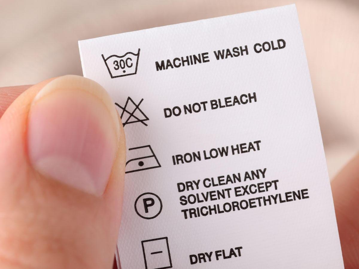 Guck mal genauer hin: DAS will dein Waschzettel dir wirklich sagen!