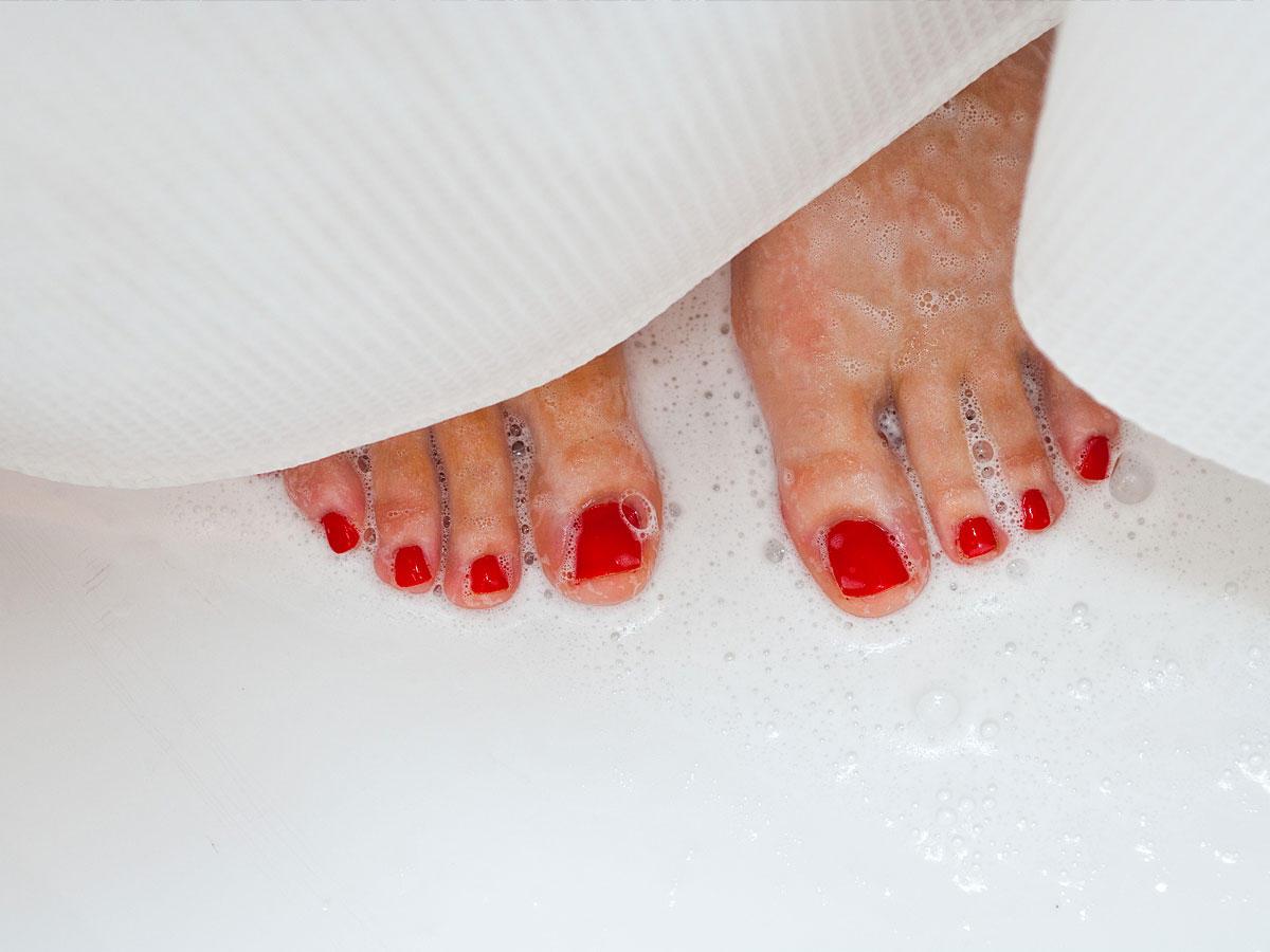 Wenn du in der Dusche urinierst, hast du besseren Sex!
