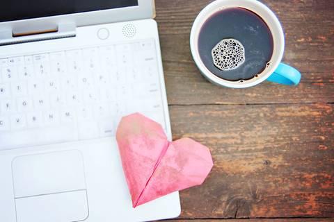 Online-Dating: So macht ihr schon bei der ersten Nachricht richtig Eindruck