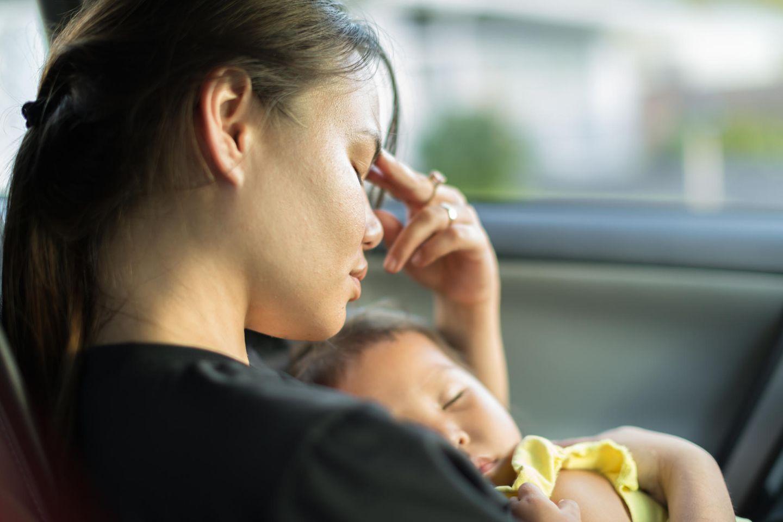 Schlaflos-Selfie: So hart sind durchgemachte Baby-Nächte