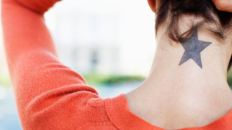 Aufkleben intim tatoo zum Tattoo Aufkleber